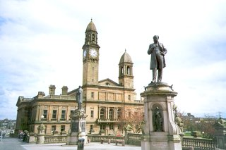 Town Hall with statues of Thomas and Peter Coats, Paisley