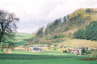 Glenduckie Village