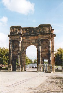 The McLennan Arch at the Saltmarket entrance to Glasgow Green