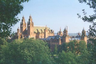 Kelvingrove Art Gallery and Museum as seen from Glasgow University.
