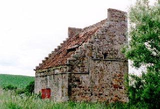 18th c. dovecote, Boarhills
