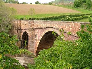Old Bridge, Leaderfoot
