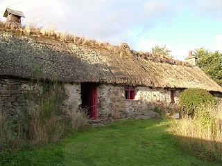 Camserney Longhouse