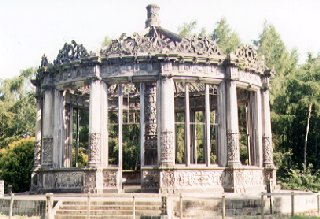 Conservatory in Dalkeith Estate (1832)