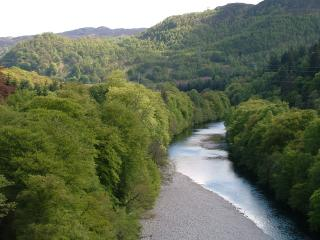 Looking South along the River Garry from the Garry Bridge