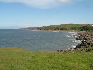 Killiantringan Bay, Knock Bay and Broadsea Bay