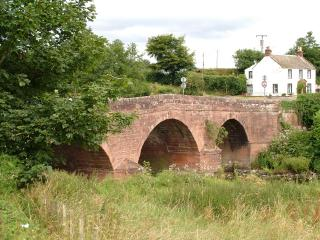 Bridge over the Cluden Water, Newbridge