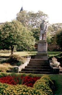 Statue of Thomas Alexander, Prestonpans