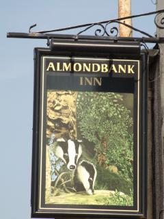 Almondbank Inn